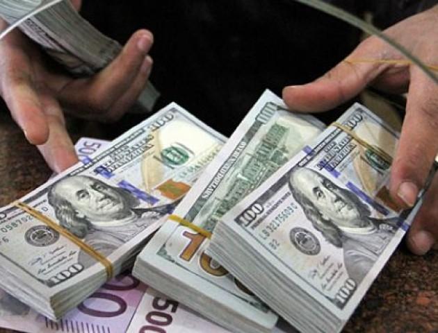 Курс валют у пунктах обміну Луцька на 27 грудня