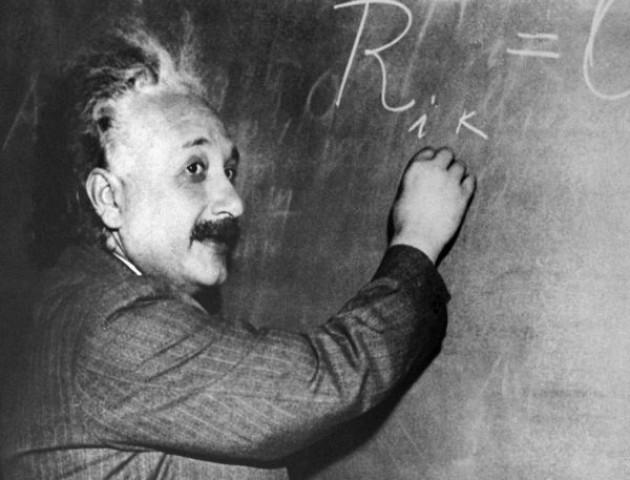 Він грав на скрипці та був одружений на сестрі. 5 неочікуваних фактів про Альберта Ейнштейна