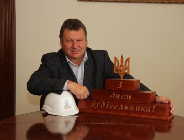 Волинський депутат-будівельник задекларував чимало землі та заощаджень