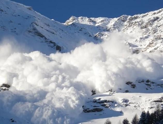 У горах Франції зійшла лавина, є загиблі