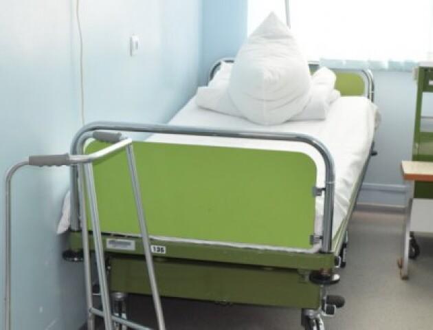 У лікарні на Волині хворий на коронавірус чоловік вчинив самогубство, – ЗМІ