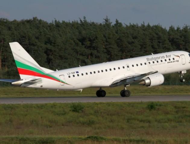 Через воєнний стан «Bulgaria Air» призупинила авіарейси в Україну