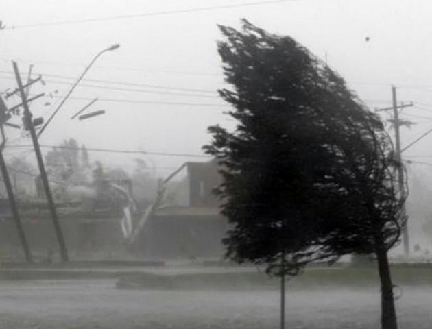Через негоду 13 населених пунктів на Волині залишились без світла
