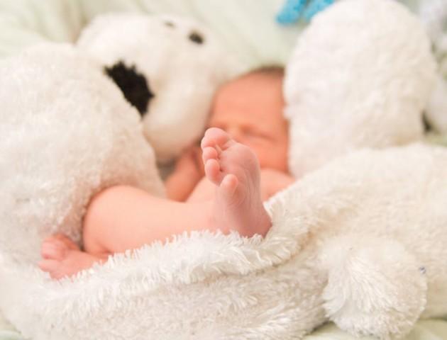 Луцька журналістка опублікувала зворушливі фото з новонародженим сином. ФОТО