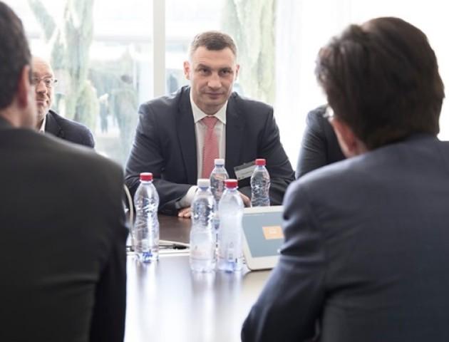 Кличко у Швейцарії представив Київ як місто фіналу Ліги чемпіонів