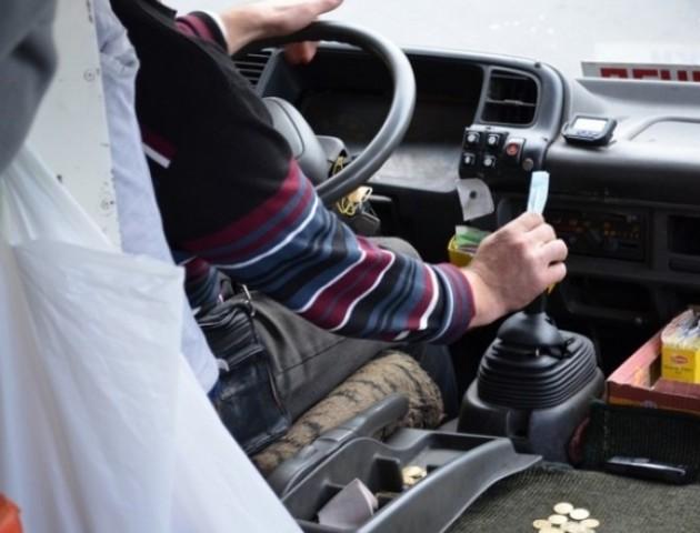 У Луцьку водії маршруток відмовляються їхати на кінцеві зупинки