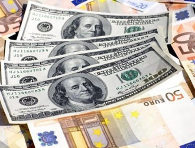 Курс валют на 6 березня: гривня відвойовує втрачені позиції