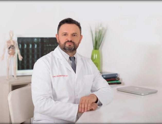 Хірург з Волині Валіхновський розігрує позачергову консультацію та знижку на операцію