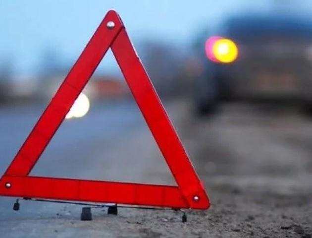 У Луцьку в результаті аварії перекинувся Mercedes