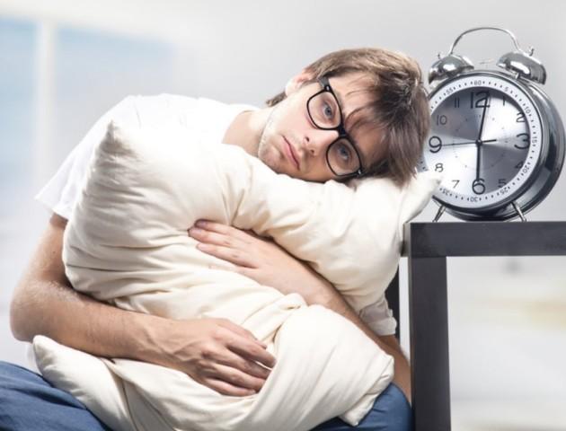 Назвали сім дієвих способів, які допоможуть подолати безсоння
