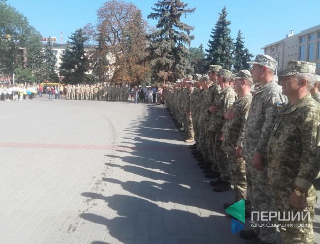 У Луцьк прибула Севастопольська бригада авіаторів. ФОТО