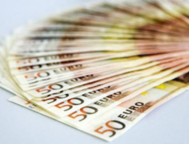 На Волині засудили чоловіка, який купив лотерею за фальшиві євро