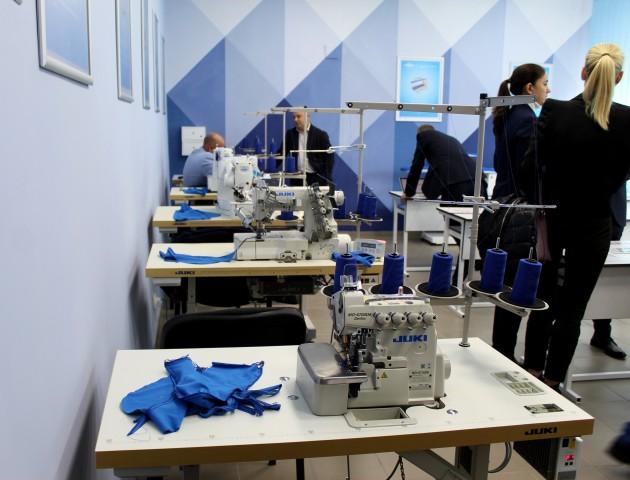У Луцькому НТУ відкрили унікальну Лабораторію швейної індустрії. ФОТО