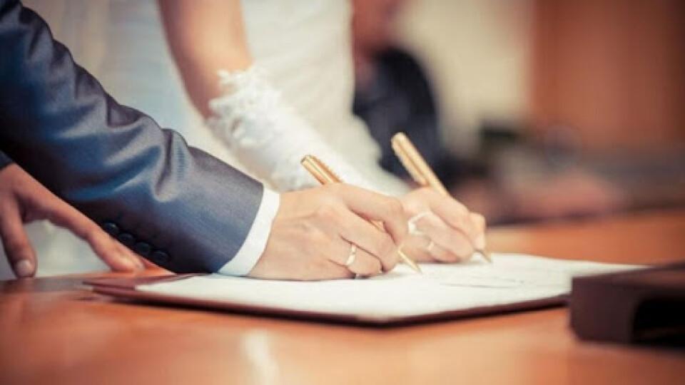 Парам, які одружуватимуться 14 лютого, у луцькому ЦНАПі обіцяють сюрпризи