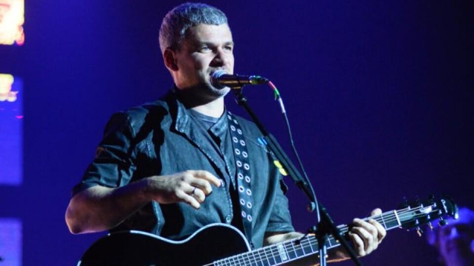 Арсен Мірзоян презентував лучанам свій новий альбом