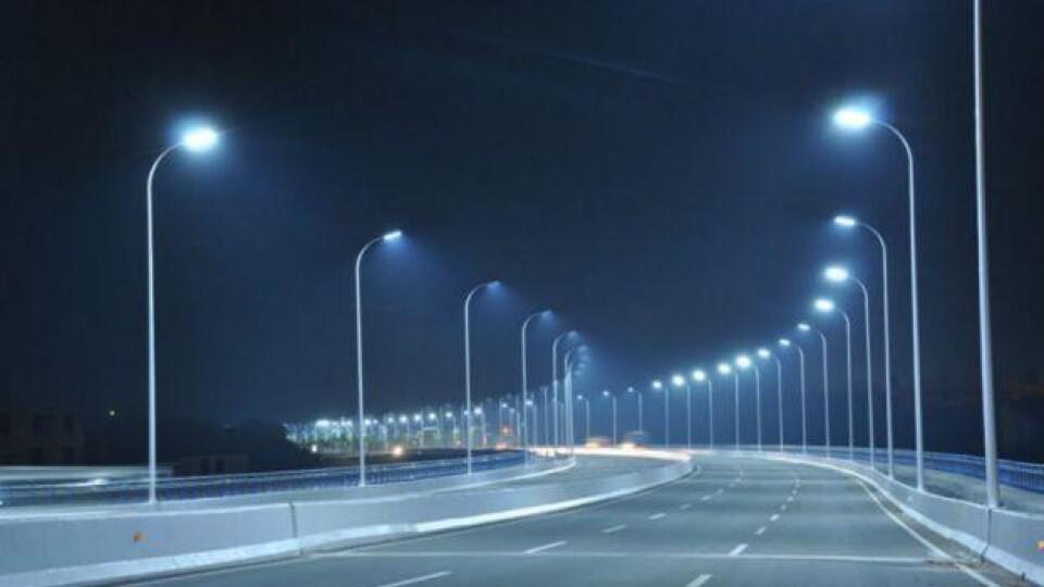 У Луцьку замінять понад дві тисячі вуличних світильників. Де саме?