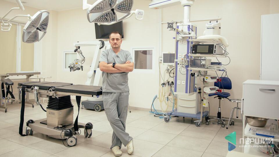 Нейрохірург зібрав 700 тисяч гривень на ремонт операційної: «Я не вірив, що держава допоможе»