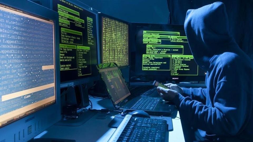 Хакери опублікували документи РФ щодо війни в Україні та збитого малайзійського літака