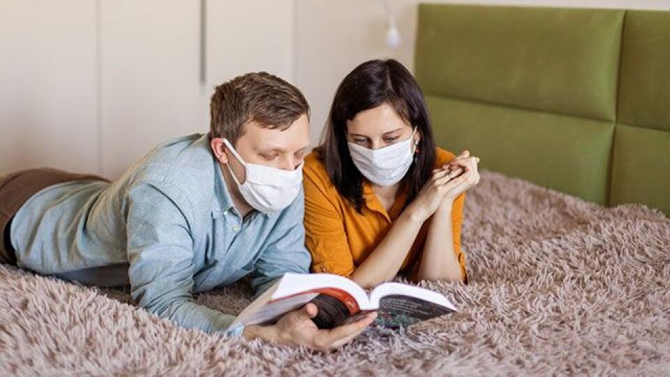 Хворих з легкими симптомами коронавірусу слід лікувати вдома, - заступник міністра