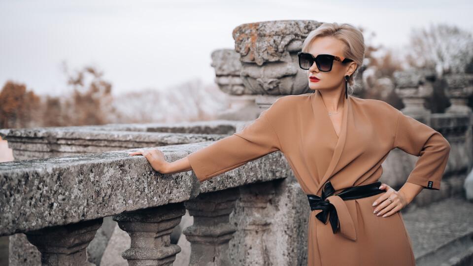 Ірина Пасічник представила нову колекцію від Андре Тана. Фешн-відео знімали у замку