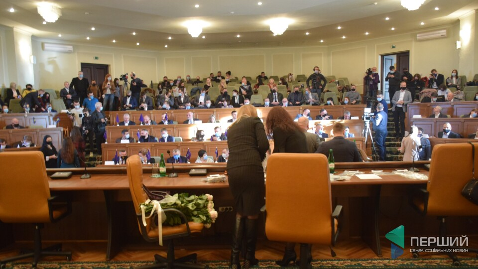 Нові депутати Волинської обласної ради вперше прийшли на сесію