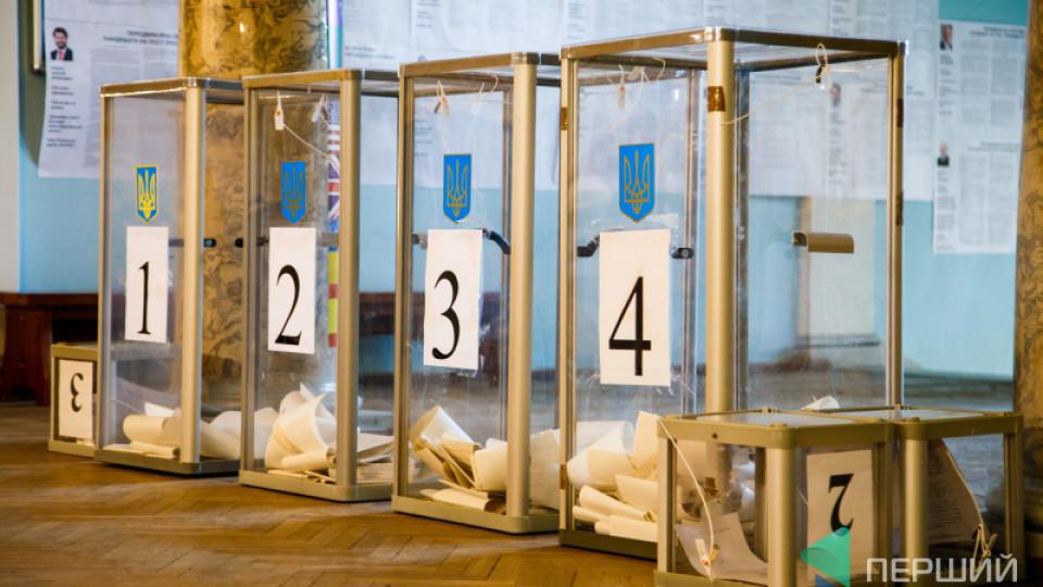 Перші результати екзит-полів: Зеленський - лідер, Порошенко - на другому місці