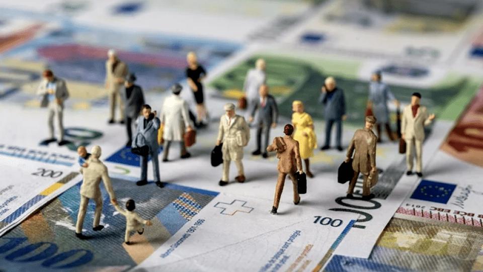 Українцям перерахують зарплати: хто отримає найбільше і як зміниться ринок праці
