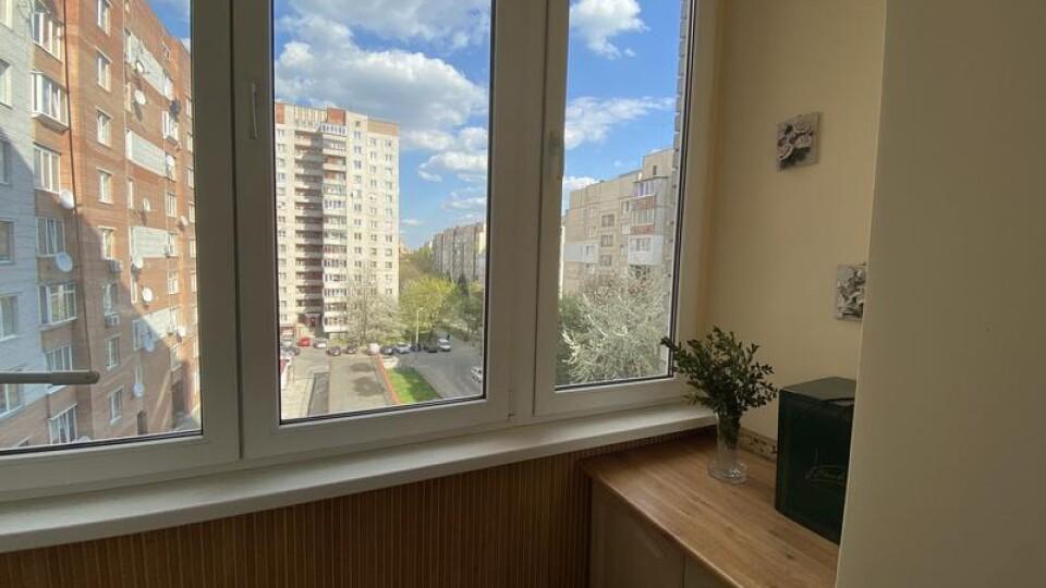 Народний депутат задекларував 158 квартир
