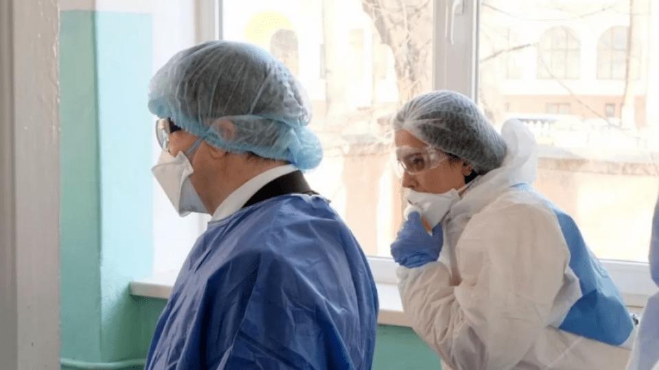У Боголюбах та інфекційній лікарні продовжать лікувати хворих на ковід