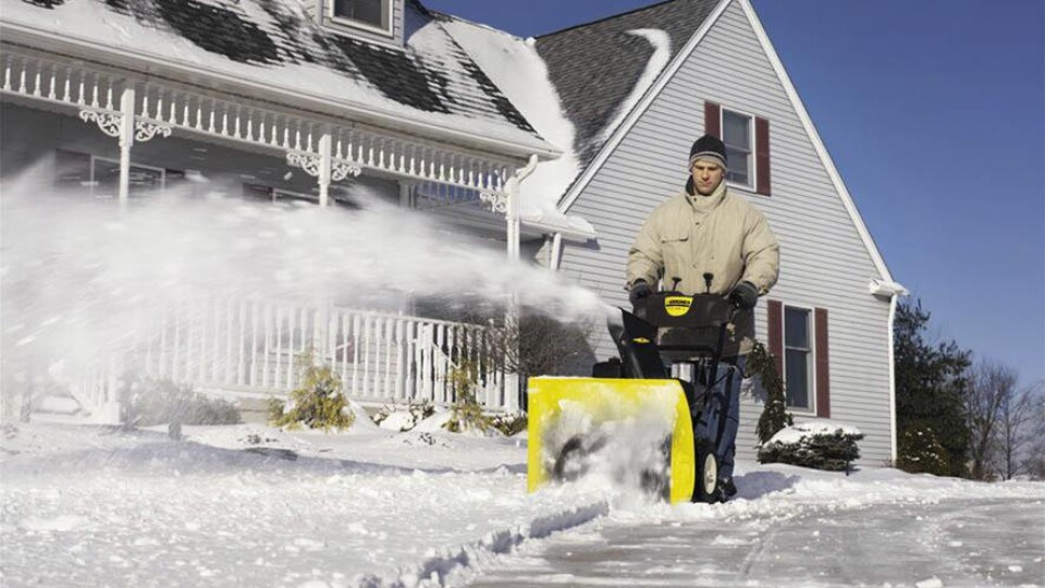 Лучани просять придбати сучасну снігоприбиральну техніку для міста. Зареєстрували петицію