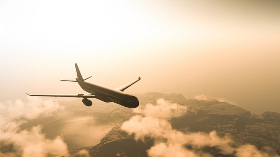 Україна відновить авіасполучення з 15 червня, – міністр Степанов