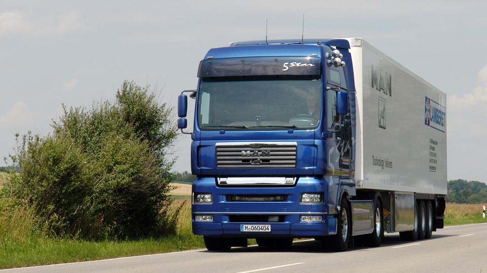 За проїзд вантажівок волинськими дорогами бізнесмен заплатить понад тисячу євро