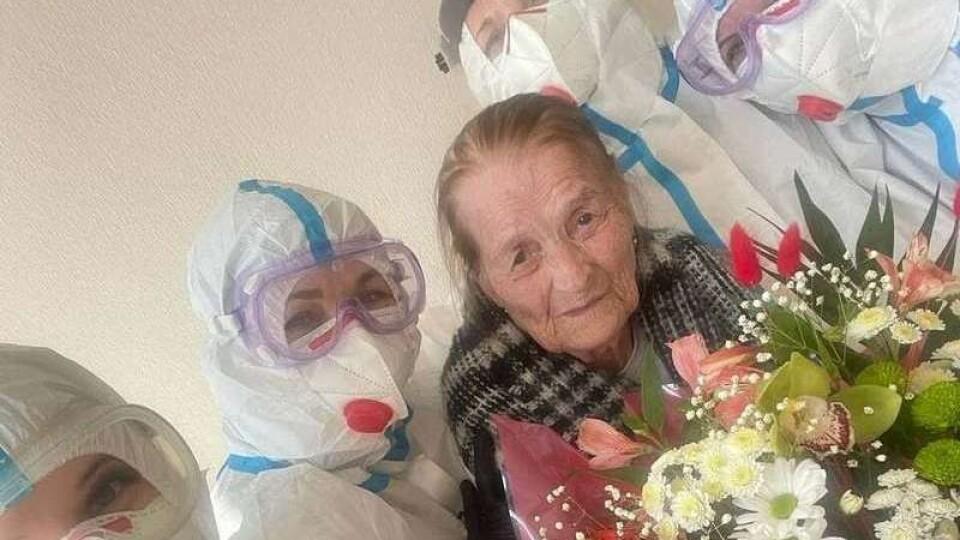У Чернівцях від коронавірусу вилікували 100-річну жінку