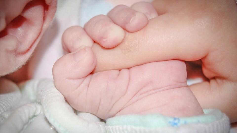 У Луцькому пологовому немовля впало у кому. Що кажуть лікарі?
