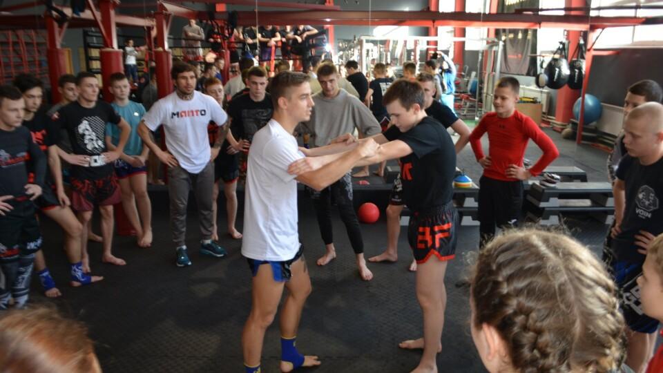 Чемпіон Європи провів у Луцьку семінар з тайського боксу