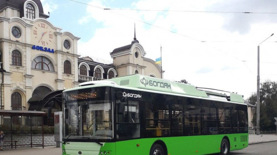 У Провідну неділю з Луцька до Гаразджі курсуватиме вісім тролейбусів