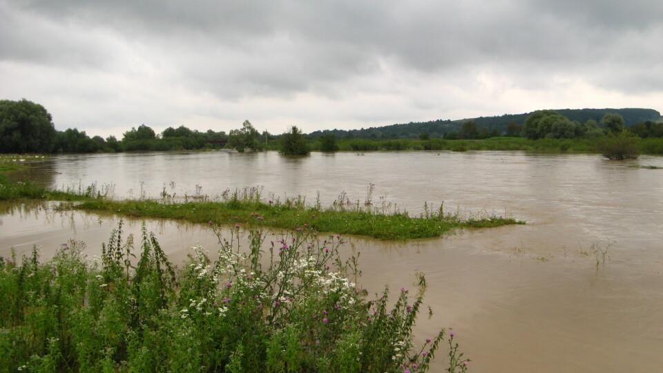 Волинян попереджають про можливі паводки у кількох районах