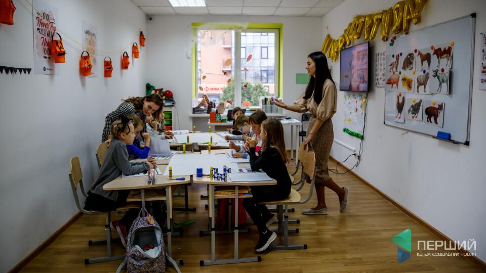 «Будеш проєктним менеджером!». Ми побували на уроці в луцькій приватній школі ThinkGlobal