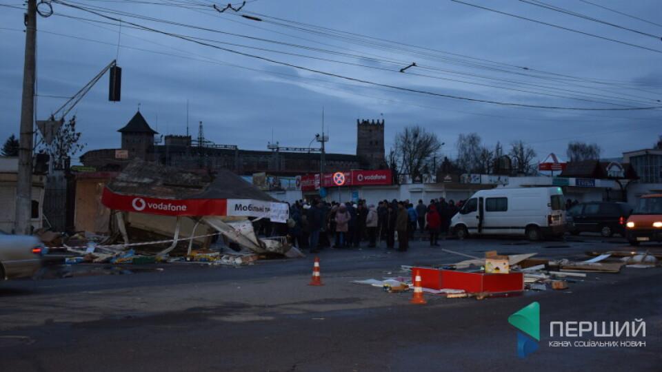 У понеділок на Старому ринку у Луцьку знесуть паркан