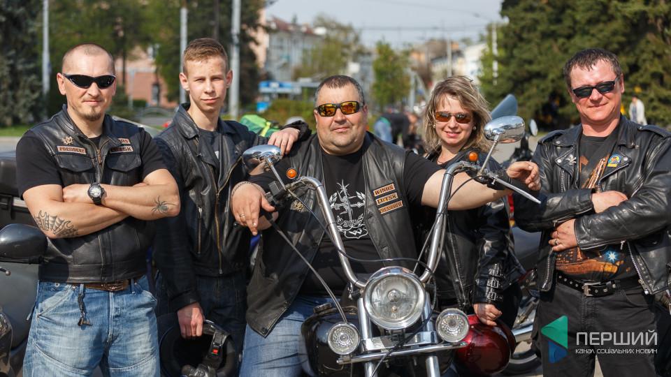 Байкери, шкіра і «залізні коні»: як у Луцьку відкривали мотосезон-2018 (ФОТОРЕПОРТАЖ)