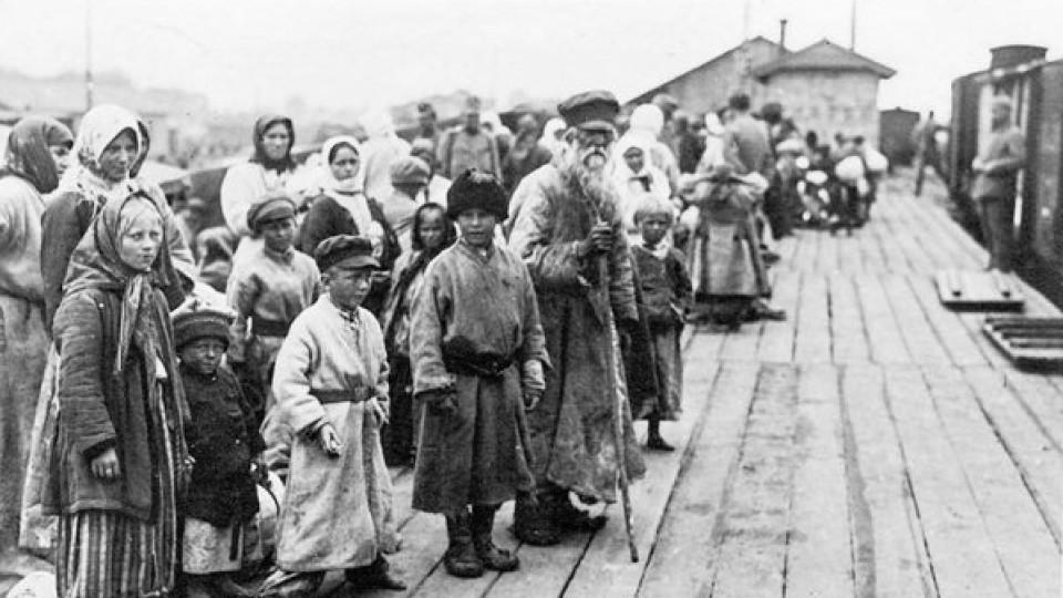 Волинські біженці, вокзал та костел: Ковель на  світлинах столітньої давності. ЗГАДАТИ ВСЕ