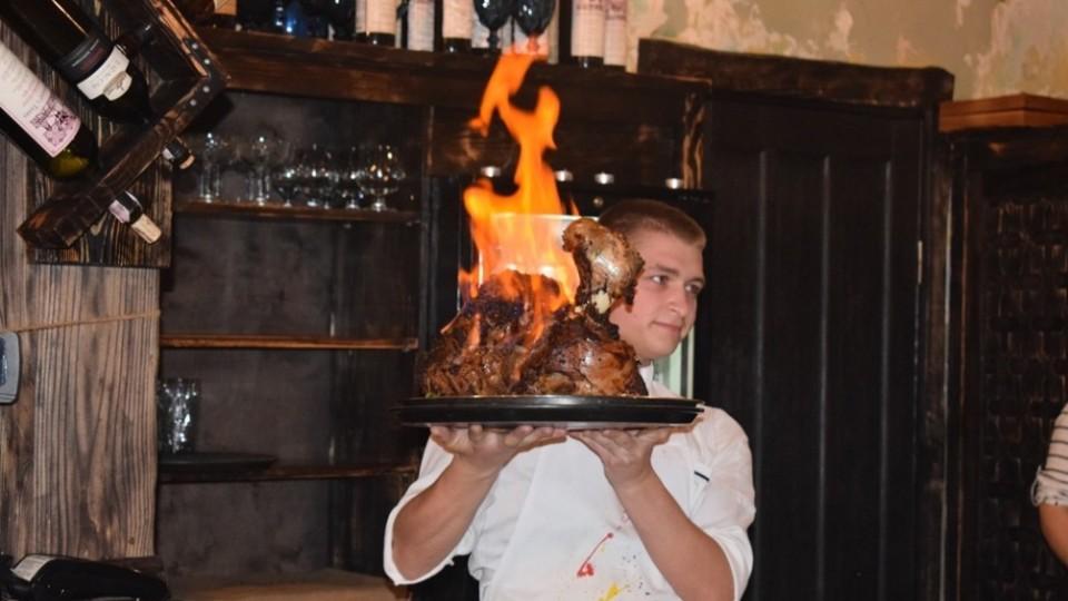 У Луцьку грузинський ресторан відгуляв день народження. ФОТОРЕПОРТАЖ
