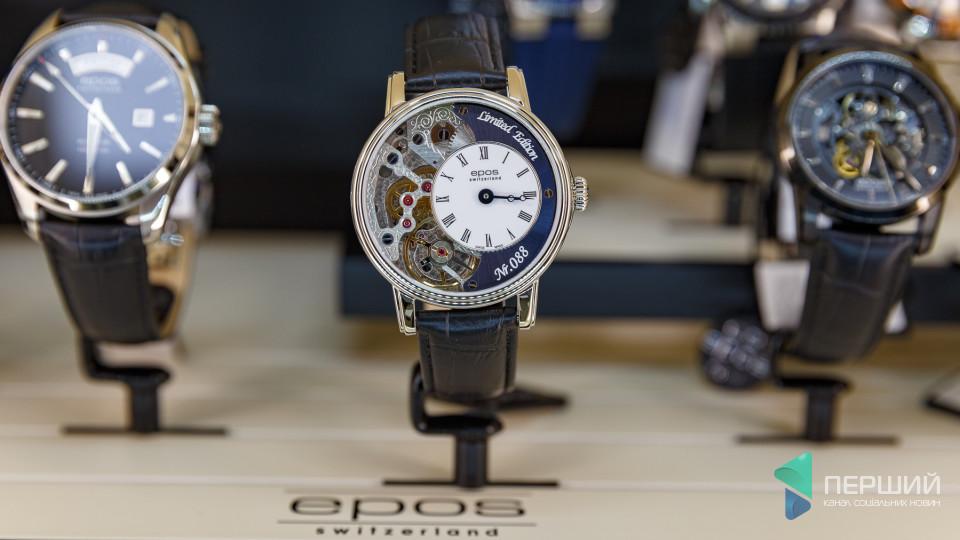 У Луцьку відкрився магазин годинників світових брендів