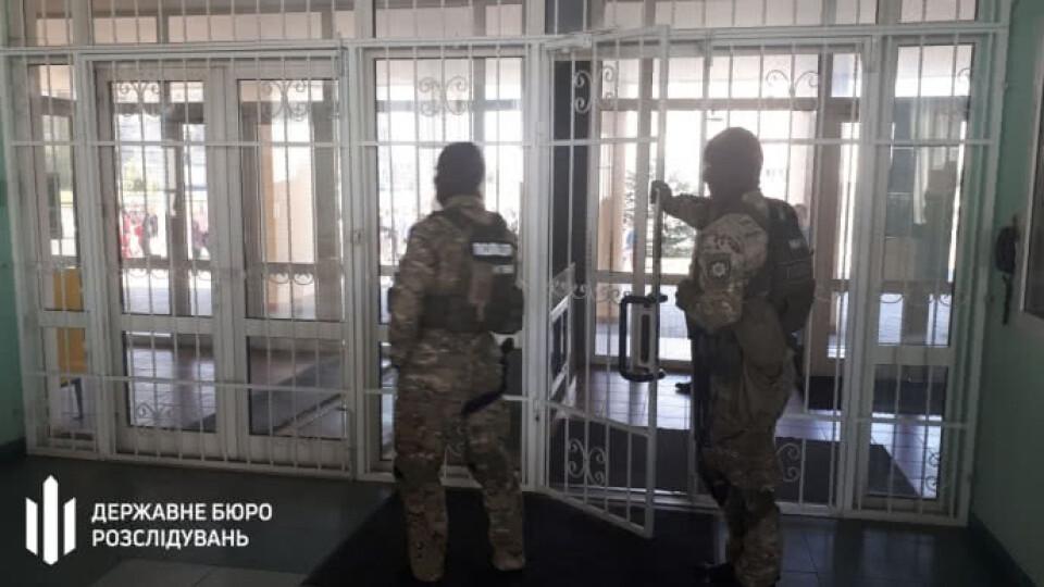 Столичні слідчі викрили злочинну схему волинських податківців