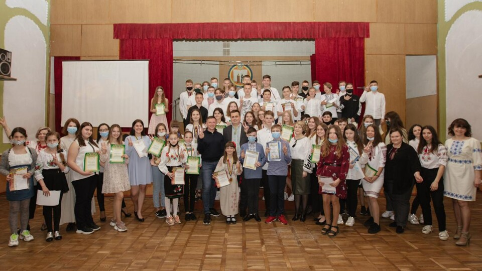 У луцькій школі №26 нагородили найкращих учнів. ФОТО