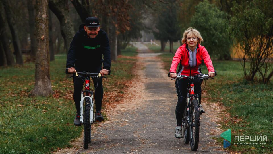 Як «Велозона» «підсадила» Луцьк на велосипеди. Ми поговорили з її власниками