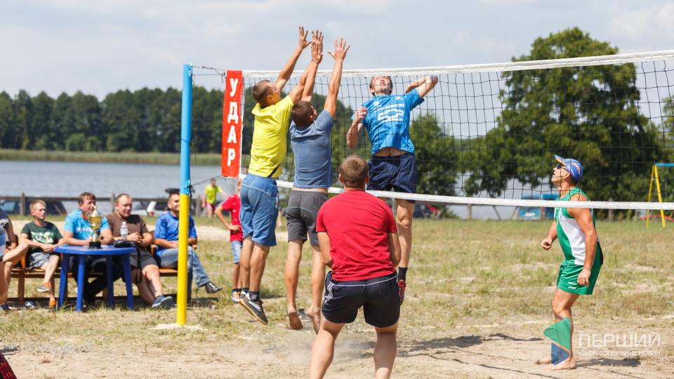 На Волині відбувся турнір з волейболу за кубок імені Юрія Гупала. ФОТО