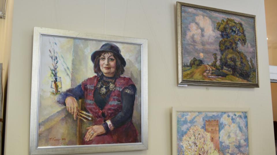 «Моя Волинь»: у Луцьку відкрилася виставка відомої художниці. ФОТО