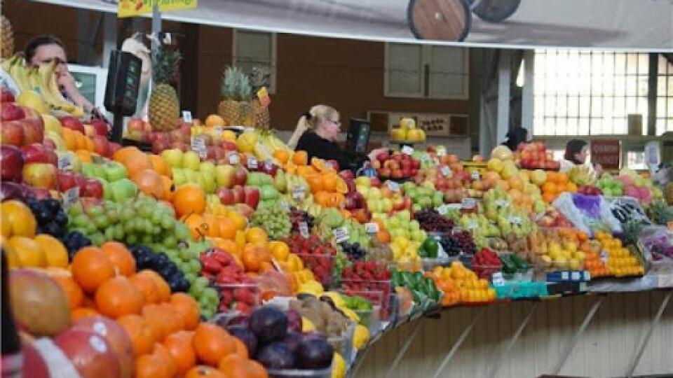 Уряд дозволив відкрити продовольчі ринки під час карантину