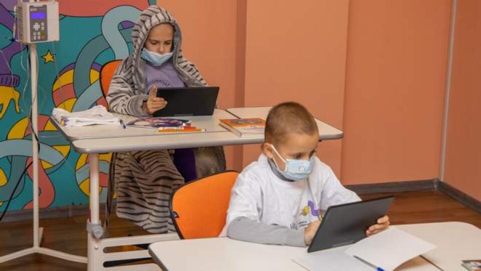 В Україні хочуть створити «школу супергероїв» для дітей, які постійно перебувають у лікарнях